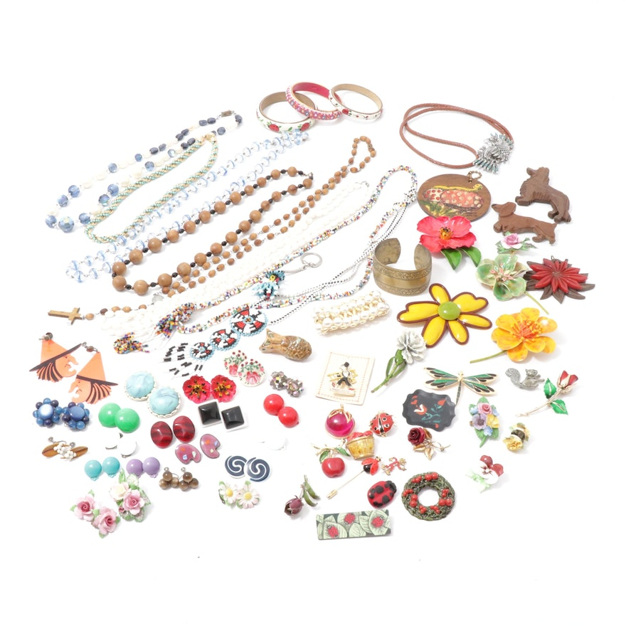 Mid-20th Century Jewelry with Enamel, Plastic and Beaded Earrings and Brooches