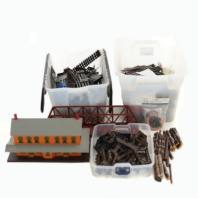 Model Train Tracks, Building and Other Accessories