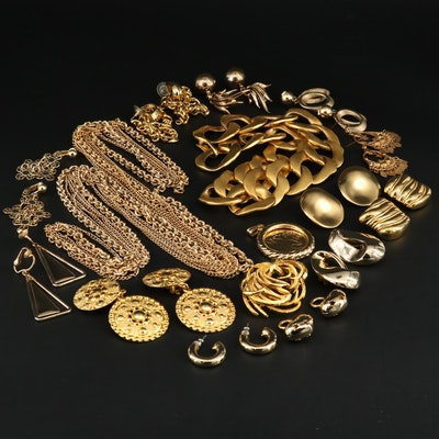 Assorted Gold Tone Jewlery Including Earrings, Brooches and Necklaces