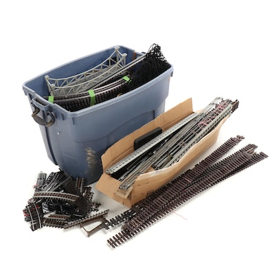 Large Selection of Model Train Tracks, Transformers with Other Accessories