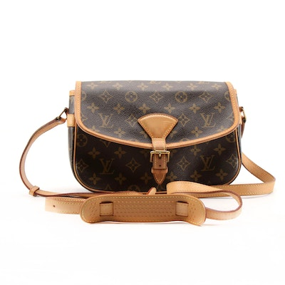 Louis Vuitton Sologne Shoulder Bag in Monogram and Leather