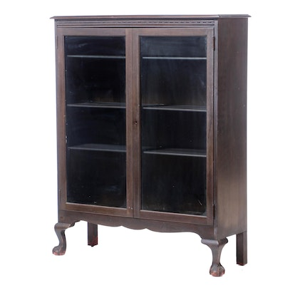 Colonial Revival Stained Gum Wood Display Cabinet, Early 20th Century