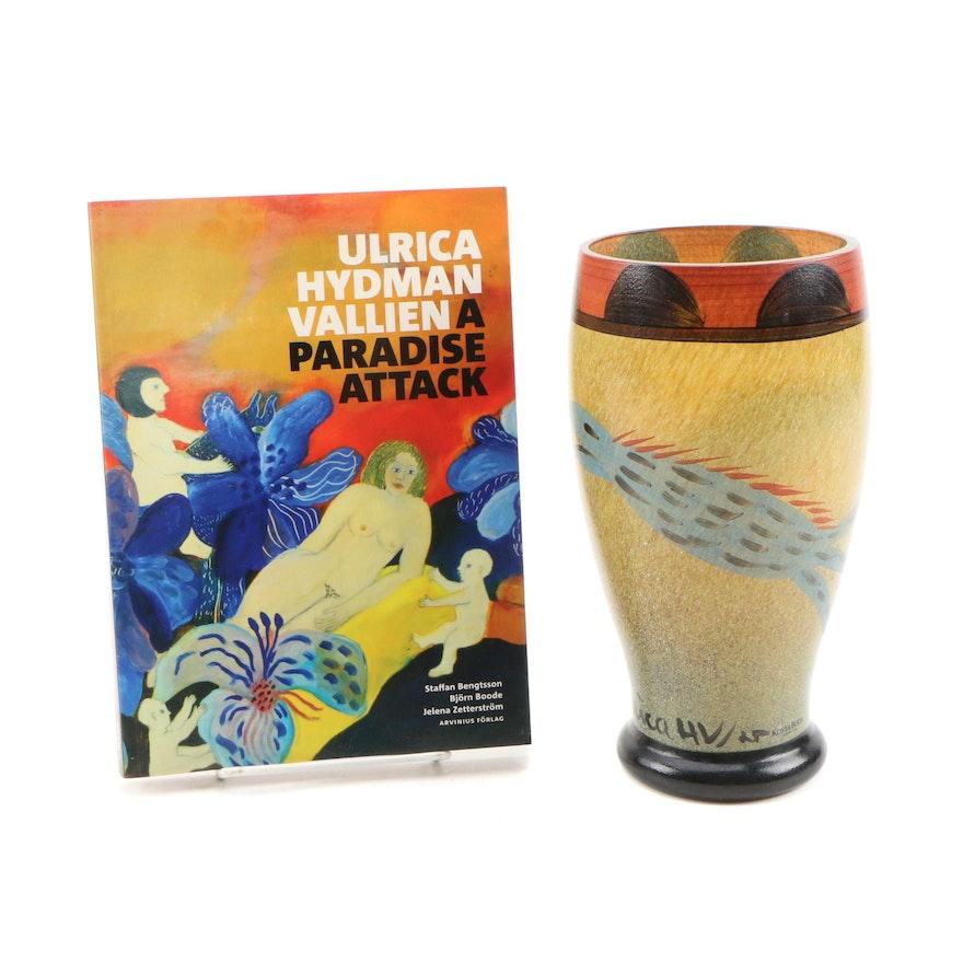 """Kosta Boda """"Serpent"""" Vase by Ulrica Hydman-Vallien with Book About the Artist"""