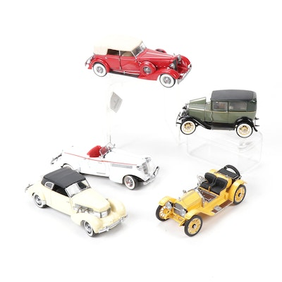 Franklin Mint Diecast Model Cars Including Packard and Ford