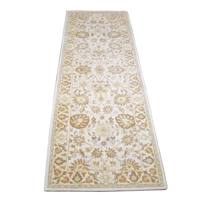 2'6 x 8'6 Tufted Indian Wool Runner from The Rug Gallery