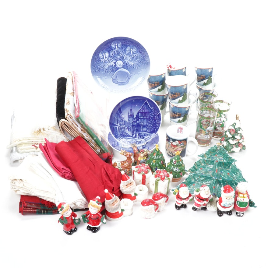 Christmas Collector Plates, Tableware and Table Linens