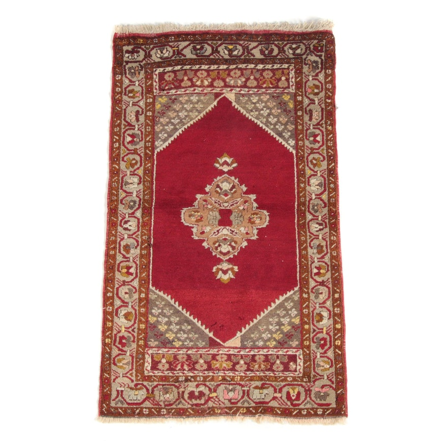 2'7 x 4'9 Hand-Knotted Turkish Wool Area Rug