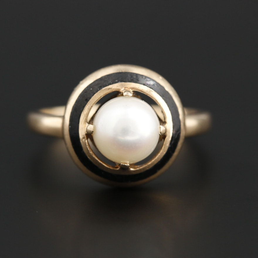 Circa 1930s 10K Yellow Gold Pearl and Enamel Ring