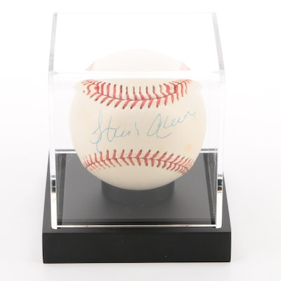 Hank Aaron Signed National League Baseball  MLB Hologram