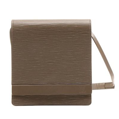 Louis Vuitton Biarritz Bag in Poivre Epi Leather