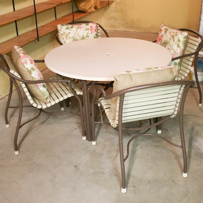 Aluminum Outdoor Table and Chairs with Pillows