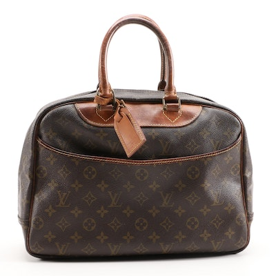 Louis Vuitton Deauville Travel Bag in Monogram Canvas and Leather