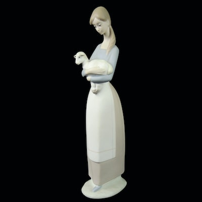 "Lladró ""Girl with Lamb"" Porcelain Figurine"