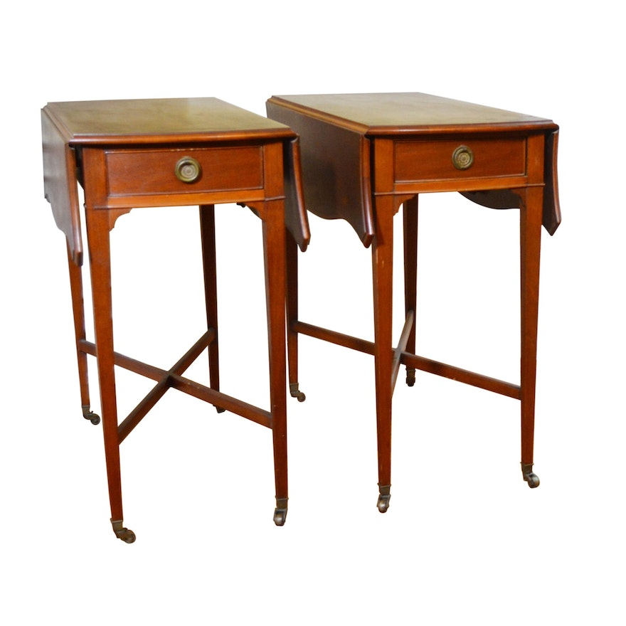 Pair of George III Style Mahogany Pembroke End Tables, Early to Mid 20th Century