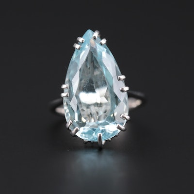 18K White Gold 10.84 CT Aquamarine Ring