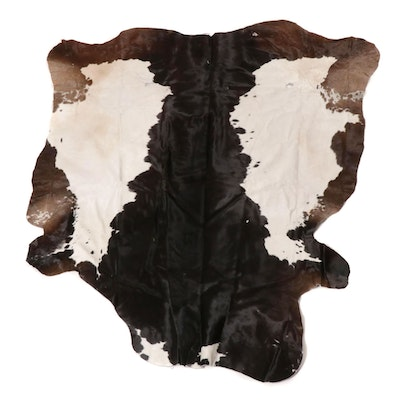 5'2 x 5'8 Natural Cowhide Accent Rug