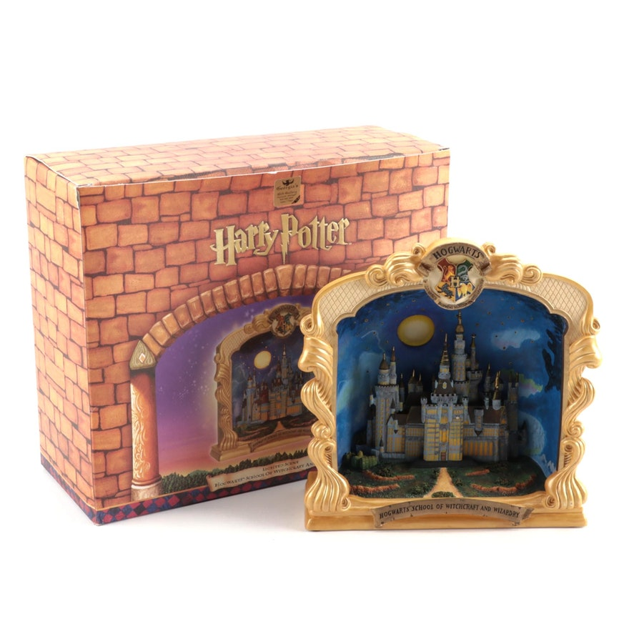 "Department 56 ""Harry Potter"" Illuminated Hogwart's School of Witchcraft Figurine"