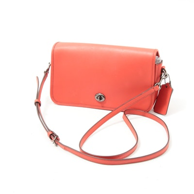 Coach Red Leather Turnlock Messenger Crossbody Bag