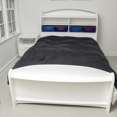 """Stanley Furniture """"Young America"""" Full Bed Frame, Night Stand and Storage Boxes"""