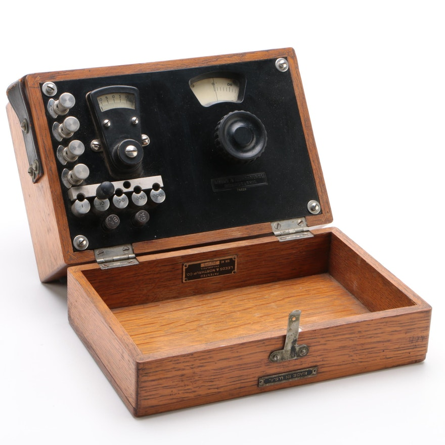 Leeds & Northrup Co. Philadelphia, Scientific Laboratory Meter Oak Case, Vintage