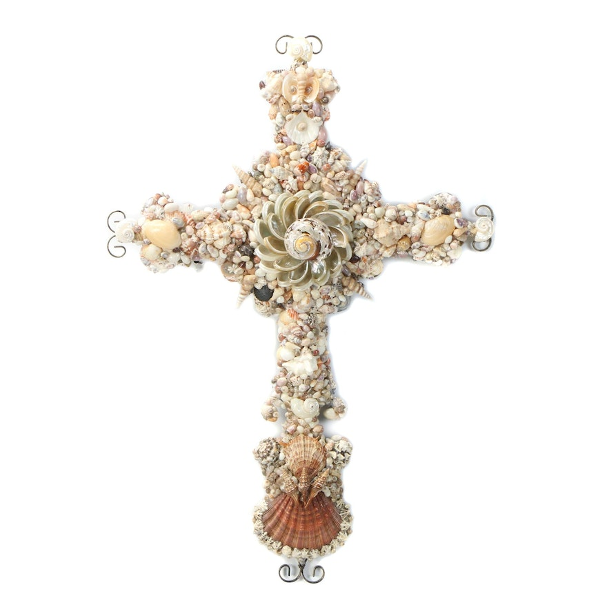 Handcrafted Sea Shell Cross Wall Décor