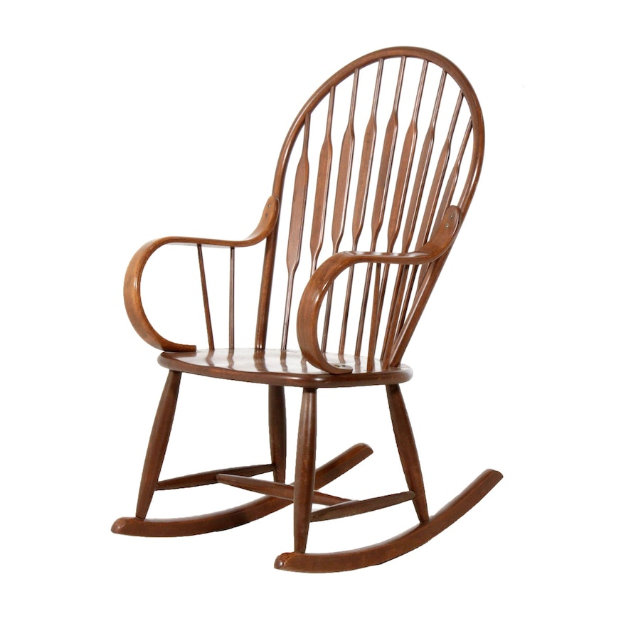 Windsor Style Bow-Back Rocking Armchair, Mid to Late 20th Century