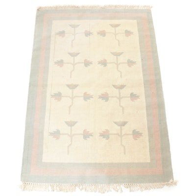 4'1 x 6'5 Handwoven Indo-Turkish Kilim Rug