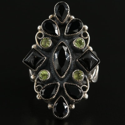 Southwestern Leo Feeney Sterling Silver Black Onyx and Peridot Ring