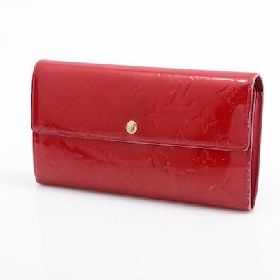 Louis Vuitton Monogram Vernis Leather Continental Wallet in Red