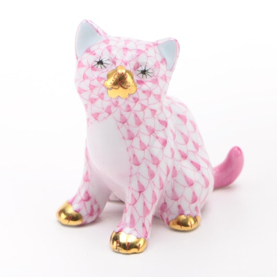 "Herend Raspberry Fishnet with Gold ""Sitting Kitty"" Porcelain Figurine"