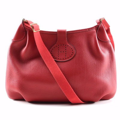 Hermès Paris Rodeo Shoulder Bag in Rouge Clemence Leather