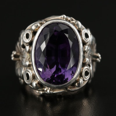 Sterling Silver Amethyst Ring Featuring Floral Motif