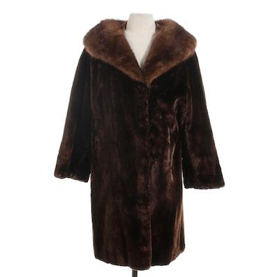 Sheared Beaver Fur Coat with Mahogany Mink Fur Shawl Collar, Mid-20th Century