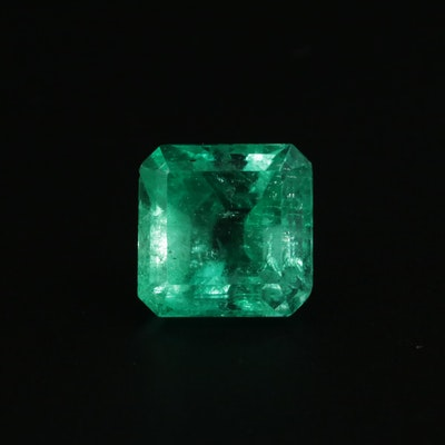 Loose 7.12 CT Colombian Emerald Gemstone with GIA Report