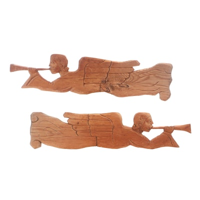 Handcarved Pine Wood Trumpeting Angels Wall Décor