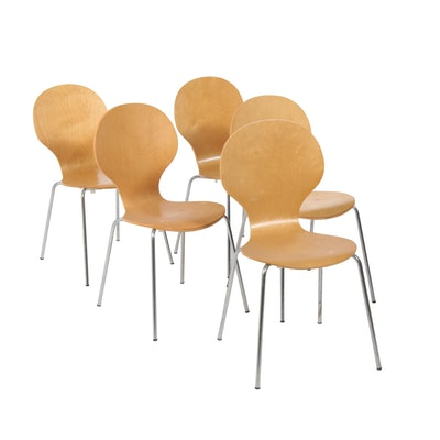 Novogratz Shell Bentwood Chair with Silver Chrome Rounded Legs