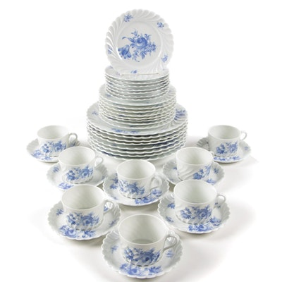 "Haviland ""Strasbourg"" Porcelain Dinnerware, Eight Place Settings"