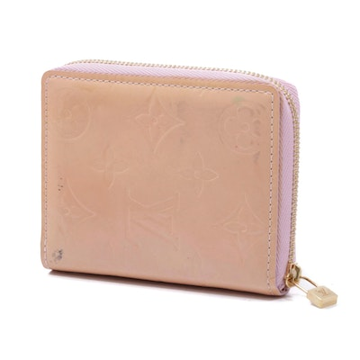 Louis Vuitton Monogram Vernis Leather Zip Around Wallet in Baby Pink
