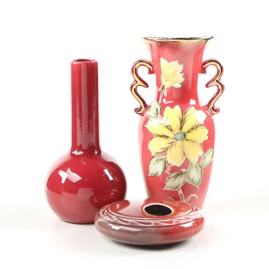 Hand-Painted Gilt Floral Urn with Ikebana and Bud Vase, 20th Century