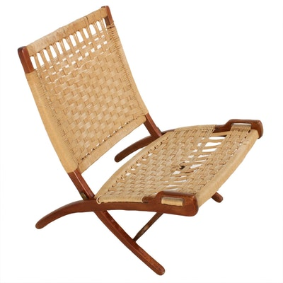 Walnut and Rope Folding Chair in the Style of Hans Wegner, Mid-20th Century