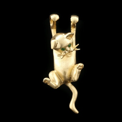 18K Yellow Gold Dangling Kitten Pendant with Emerald Eyes