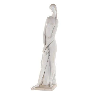 "Lladró ""Nude"" Porcelain Figurine Designed by Alfredo Ruiz"