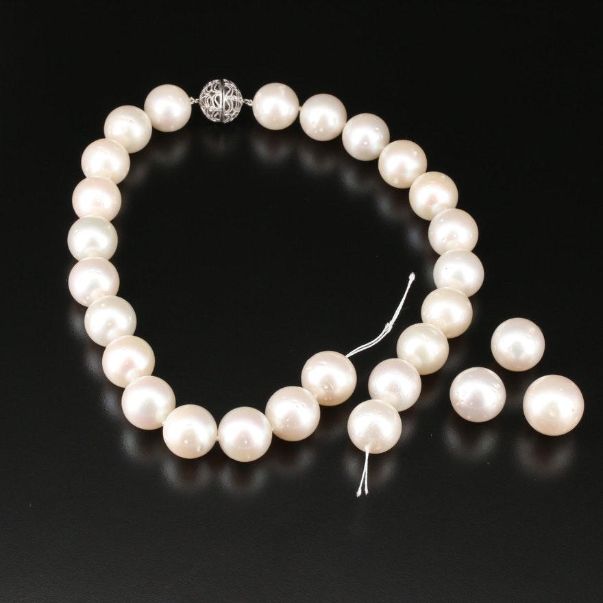 Pearl Necklace With 14K White Gold Clasp