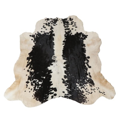 5'5 x 5'6 Natural Cowhide Rug