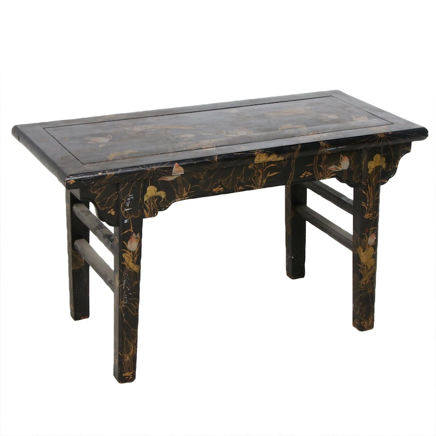 Chinese Hand-Painted Wooden Side Table, Mid to Late 20th Century