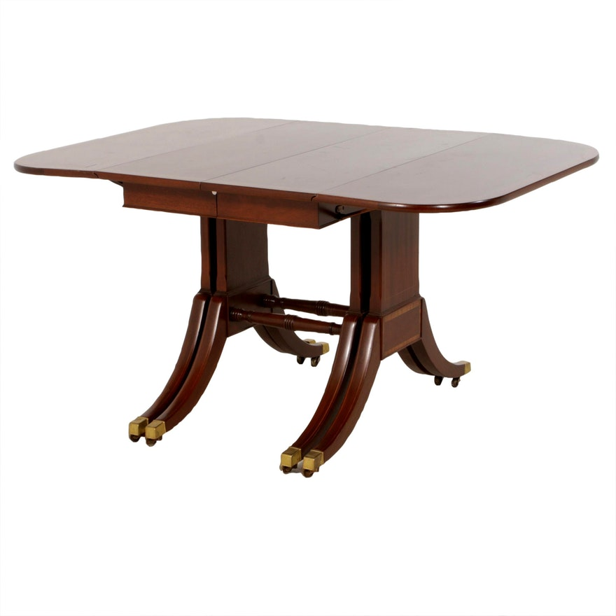 Federal Style Mahogany Drop Leaf Dining Table, Mid to Late 20th Century