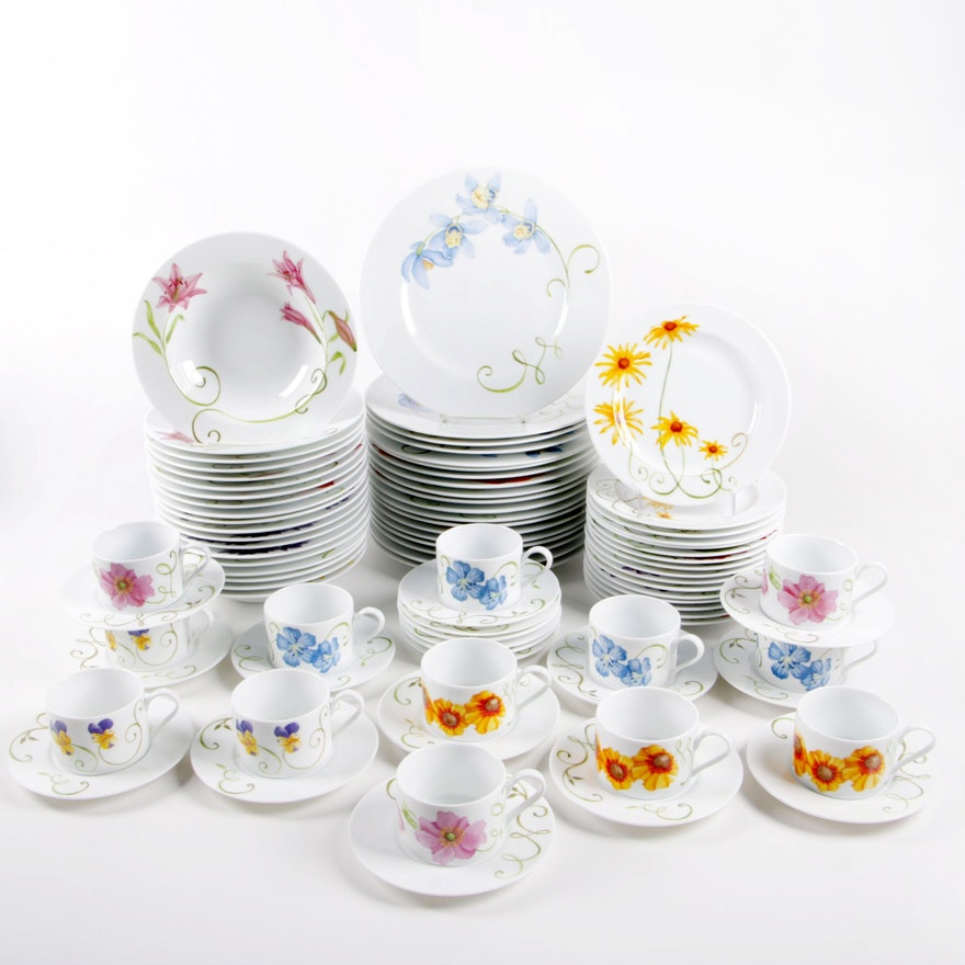 "Westbury Court ""Lyrical Blooms"" Porcelain Dinnerware, Late 20th Century"
