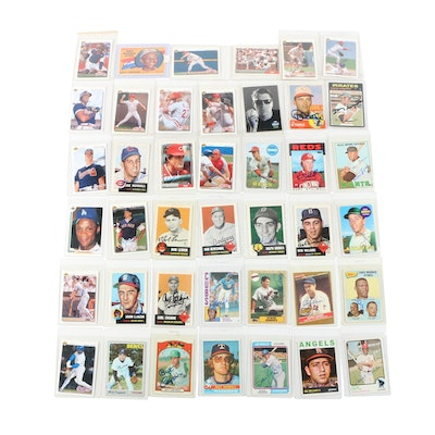 Hand-Signed Baseball Trading Cards with 1990s Reds and Hall of Fame Stars