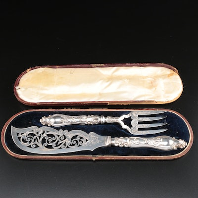 English Joseph Gilbert Silver Plate Fish Knife and Fork Set in Case