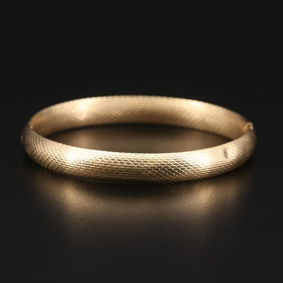 14K Yellow Gold Textured Hinged Bangle Bracelet